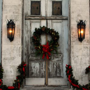 Marigny-opera-house-wreath